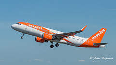 G-EZOM   Airbus A320-200 - easyJet (Peter Beljaards) Tags: msn6587 cfm565 easyjet a320 airbusa320 airbusa320200 haarlemmermeer ams eham airplane aircraft nikon7003000mmf4556 departure takeoff budget