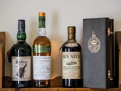 More Whisky (bredmañ) Tags: ardbeg bennevis whisky malt singlemalt singlecask alcohol booze drink olympus em1mkii 75mm18 bottle glenmhor