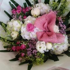This stunning vintage posy using gorgeous antique hydrangeas, peonies, and spray roses. . . #parsleyandsageflorist #stokeontrentflorist #vintage #vintageflowers #vintagebouquet  #flower_beauties_ #flowers #flowerstagram #flowers🌸 #flowers_s (parsleyandsage11) Tags: vintagebouquet flowers flowerstagram shoplocal flowerdaily florals flowergram supportsmallbusiness hydranea vintageflowers flowerbeauties flowerssuperpics vintage parsleyandsageflorist hydrangealove flowerperfection stokeontrentflorist