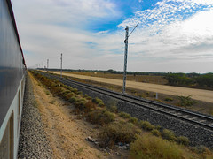 Electrification in NWR (TheRailCruiser) Tags: indianrailways nwr marwar beawar electrification poles wr westernrailway 19269 jamnagar sbi wdp4d ngc