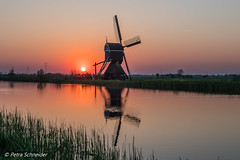 Windmill sunset (Petra S photography) Tags: windmill netherlands sunset sundown historic moulinàvent coucherdusoleil sonnenuntergang windmühle polder reflection eveninglight eveningmood niederlande oldwindmill molenwaard southholland südholland achtwaterschap