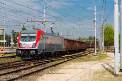 494 003 (atropo8 - fb.me/maniallospecchio) Tags: 494003 bombardier loco train treno zug merci freight cargo verona veneto italy nikon italia mercitaliarail