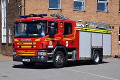 Humberside - YN17MXK - Peaks Lane - WrT (matthewleggott) Tags: humberside fire rescue service engine appliance scania peaks lane grimsby emergency one pump water tender wrt yn17mxk
