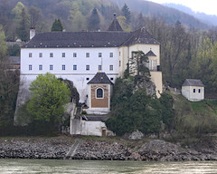 Monastery Schoenbuehel (photo_paddler) Tags: urope austria wachau valley village color outdoor spring day availablelight wachauvalley