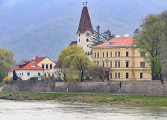 Pfarrkirche Arnsdorf in Wachau Valley (photo_paddler) Tags: europe austria wachauvalley village day spring color outdoor availablelight