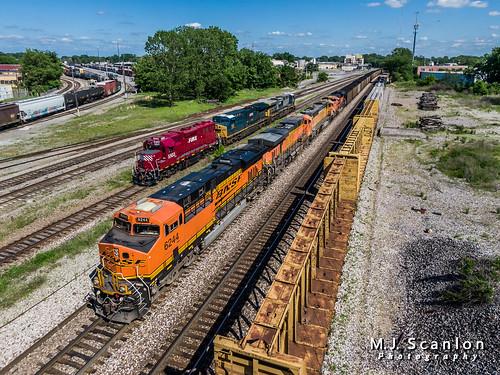 BNSF 6244 | GE ES44AC | BNSF Thayer South Subdivision - a