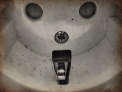 There's a face in that socket (Erik Viggh) Tags: olloclip photoshopexpress macrophotography shotoniphone