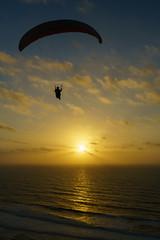 RU_201904_MaPaMaroc_369_x (boleroplus) Tags: contrejour coucherdesoleil legzira mer nuage parapente paysage soleil vertical vueaerienne maroc