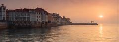 Luanco (Berti´s world) Tags: olympus omd em5ii zuiko 1240pro amanecer sunrise paisaje landscape luanco asturias panorámica panoramica pano panoramic marina seascape pueblo town puerto