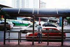 (Hem.Odd) Tags: busstop malaysia kualalumpur taxi expired fujifilm xtra800 olympusxa3 people