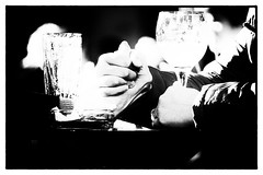 L'union sacrée... (JM@MC) Tags: hands union love streetphotography blackandwhite noiretblanc marseille