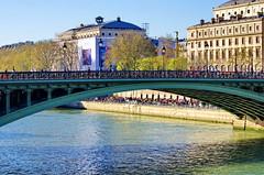 474 Paris en Mars 2019 - Pont d'Arcole, quai de Gesvres, colonne du Châtelet, Théâtre du Châtelet (paspog) Tags: paris france seine mars march märz 2019 pontdarcole quaidegesvres colonneduchâtelet théâtreduchâtelet théâtredelaville