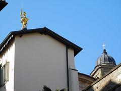 St Alexander statue on top of Bergamo cathedral 4 (litlesam1) Tags: statues italy2019 duepazziragazziamilano2019 march2019 bergamo