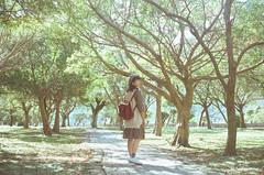 貴子坑 (Mr.Sai) Tags: minolta mc rokkor 50mm f14 pg fuji 8583 400t cinefilm analog film filmisnotdead ecn2 process 高雄自由沖掃 taiwan taipei 貴子坑 girl portrait rena life
