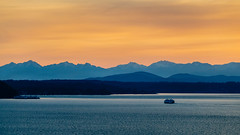 West Seattle Sunset (Paddy O) Tags: vashonislandferry olympicmountains olympicmountainrange sunset ferry pugetsound water blakeisland mountains spring seattle 2019 westseattle vashonisland