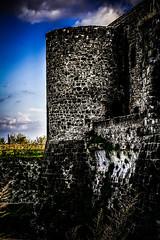 _DSC0056 (JohnnyGiuliano) Tags: castle ancient outdoor aragon aragona aragonese middleages ruins