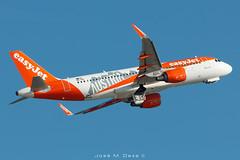 "Easy Jet Europe A320-214 OE-IVA ""Austria"" livery (José M. Deza) Tags: 20190513 a320214 airbus bcn easyjeteurope elprat lebl oeiva planespotting spotter aircraft"