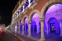 Purple Arches (peterkelly) Tags: yucatán mexico digital canon 6d northamerica gadventures mayandiscovery mérida purple arch archway plaza pillar column light street road plazagrande