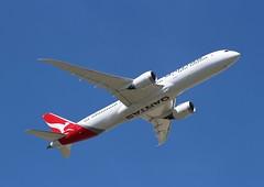 VH-ZNG Boeing 787-9 Dreamliner Qantas (R.K.C. Photography) Tags: vhzng boeing 7879 b787 dreamliner qantas qf qfa aircraft aviation airliner australian unitedkingdom uk london england heathrow londonheathrowairport lhr egll canoneos100d