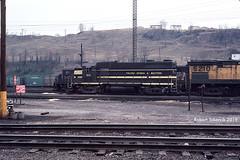 Helping Hand (NSHorseheadSD70) Tags: robert tokarcik toledo peoria western tpw trains railroads railways locomotives emd gp35 conway pennsylvania pa