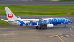 Boeing 737-8Q3, JA05RK, Japan Transocean Air (Jinbei Jet Livery) (tkosada.mac) Tags: jinbeijet japantransoceanair oneworld boeing b738 tokyointernationalairport hanedaairport hnd rjtt