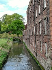 Quarry Bank Mill (daveandlyn1) Tags: smartphone cameraphone pralx1 huawei p8lite2017 psdigitalcamera nationaltrust quarrybankmill riverbollin water river bridge grass field
