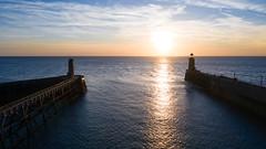 Coucher de soleil sur les phares de Fécamp (DogPaaw) Tags: sunset coucher couchant soleil de dogpaaw mer phare port sun sea nuages ciel bleu magnifique couleurs