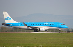 "KLM Cityhopper PH-EXJ Embraer ERJ-175 flight KL1536 departure from ""Durham Tees Valley"" MME England bound for Amsterdam AMS Netherlands (thelastvintage) Tags: klm cityhopper phexj embraer erj175 flight kl1536 departure from durhamteesvalley mme england bound for amsterdam ams netherlands teessideairport durhamteesvalleyairport 175std first date 21092016 21102016"