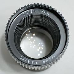 Zeiss-Ikon Talon 1:2.8/85mm (ang-yan) Tags: