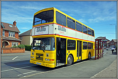 Skills T477JJF (Jason 87030) Tags: skills coaches operator notts derbyshire longeaton school college bus doubledecker yellow dubli eire ra alexander t477jjf livery stop shelter roadside lighting wheels