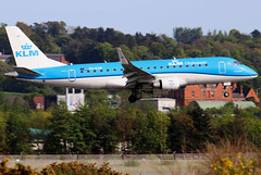 PH-EXW_04 (GH@BHD) Tags: phexw embraer erj erj175 kl klm klmcityhopper royaldutchairlines regionaljet aircraft aviation airliner bhd egac belfastcityairport