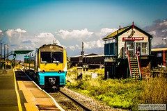 Abergele&PensarnRailStation2019.05.11-4 (Robert Mann MA Photography) Tags: abergelepensarnrailstation conwy northwales train trains railway railways station stations 2019 summer 11thmay2019 transportforwales tfwrail class175 coradia class158 supersprinter class150 sprinter