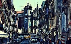 Ruas de Porto (Miradortigre) Tags: portugal porto oporto calle rua street igreja iglesia church santoidelfonso city ciudad urban citilife citylife