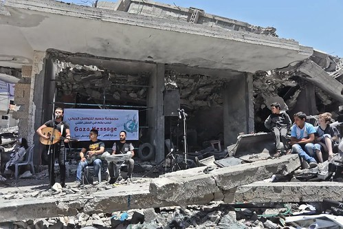 #gazamessage 🎼 #stopbombing ☮ #mohammedukasheh #nobombing  #peace 🌈 #pace #nowar  #freepalestine #nobombe 🎥#elettritv💻📲 #eurovision #musica #concerti #musicaoriginale #webtv #noguerra  #sottosuolo  #unde