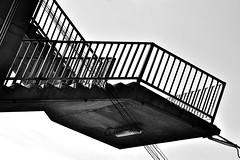 DSC_1393 (Kyp-chan) Tags: thailand blackandwhite bangkok กรุงเทพมหานคร บางกอก stair staircase travel black white noir blanc escalier voyage