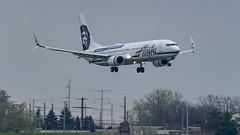 Alaska Airlines Boeing 737-990(ER)(WL) N453AS (MIDEXJET (Thank you for over 2 million views!)) Tags: milwaukee milwaukeewisconsin generalmitchellinternationalairport milwaukeemitchellinternationalairport kmke mke gmia flymke alaskaairlinesboeing737990erwln453as alaskaairlines boeing737990erwl n453as boeing737900er bioeing737990 boeing737900 boeing737 boeing 737 737900 737900er 737990 flymkemkemkehomemkeplanespotter wisconsinplanespotter avgeekavphotographyaviationavaviationgeek aviationlifeaviationphotoaviationphotosaviationpicaviationpicsaviationpicturesplanespotterplanespottermke