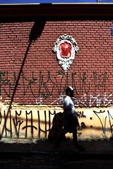 0483 (*Ολύμπιος*) Tags: sãopaulo people persone persons pessoas cidade city città cittè ciudad ciutat street streetphotography streetlife streetphoto gente girl garota giovanni girls garotas fotoderua foto femme domingo domenica daybyday diaadia donna woman women mulher man belavista bixiga