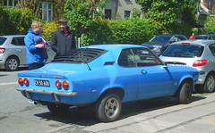 Proud owner shows a pal his 1971 Opel Manta CK50600 still on the roads of Denmark (sms88aec) Tags: 1971 opel manta ck50600 still roads denmark