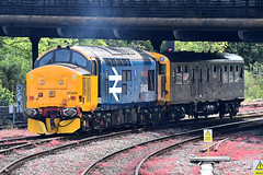 """37409 """"Lord Hinton"""" at Bristol Temple Meads (Railpics_online) Tags: bristoltemplemeads 37409 lordhinton"""