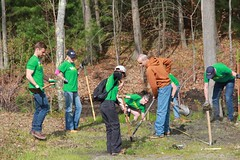 """Timberland Earth Day & Footwear Cares at Salisbury Elementary School • <a style=""""font-size:0.8em;"""" href=""""http://www.flickr.com/photos/45709694@N06/47080036074/"""" target=""""_blank"""">View on Flickr</a>"""