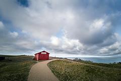 The red house (lichtschacht-kiel) Tags: huawei huaweip30 denmark dänemark smartphone handy nordsee northsea bovbjerg meer sea