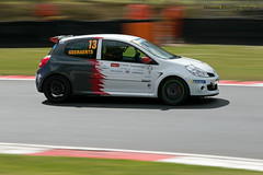Michelin Clio Cup series - Darren Geeraerts ({House} Photography) Tags: michelin clio cup series race racing motorsport motor sport panning motion renault french brands hatch uk kent fawkham circuit track housephotography timothyhouse canon 70d 70200 f4