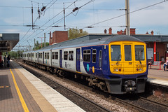 Northern 319365 (Mike McNiven) Tags: arriva railnorth northern emu electric multipleunit manchester manchesterairport airport blackpoolnorth blackpool wigan northwestern