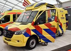Dutch MB Sprinter Ambulance ZB-364-B Ijsselland (policest1100) Tags: belgian sprinter ambulance zb364b ijsselland