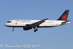 DSC_0169Pwm (T.O. Images) Tags: cfzqs air canada airbus a320 toronto pearson yyz