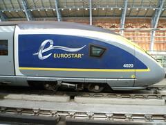 Driving cab of Eurostar e320 (Class 374) unit 4020 at  London St. Pancras International. (calderwoodroy) Tags: velaro siemens emu highspeedtrain train eurostar 4020 class374 e320 stpancrasinternational railwaystation station london england