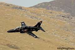 Hawk T2 2 (BigWingPhoto) Tags: royal air force raf hawk t2 bae systems training fighter jet fast military aviation lfa7 nwmta wales snowdonia mountain llyn ogwen valley a5 pass uk low level flying photos canon 7d 300f4l 14x