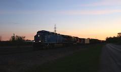 CEFX 1020, CN 2920, 7027, Stroebe, Fox Crossing, 17 May 19 (kkaf) Tags: a446 foxcrossing stroebe dawn cefx cn gp9rm es44ac leaser
