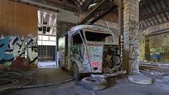 Citroën TUB (ostplp) Tags: exploration vintage ancien abandon abandonné électricité usine industriel industrie friche oublié forgotten decay urbex acierie steel mill graff graffiti tag