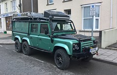 Land Rover + (Andrew 2.8i) Tags: land grand rover voyager 110 modified custom adventure off road overlanding 6wd 6x6 spot classics classic streetspotting cars car street spotting carspotting kingdom united uk wales welsh